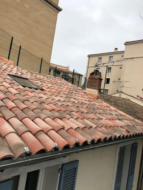 couverture sur salon de Provence